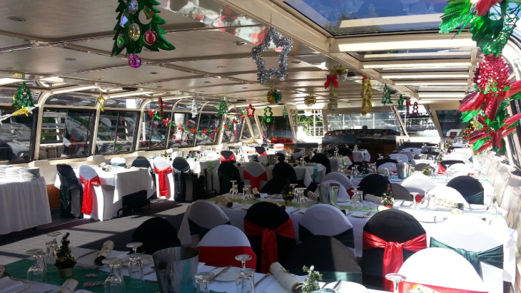 Christmas Day lunch on a Melbourne River Cruise