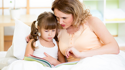 5 signs of a reading difficulty in your child hero