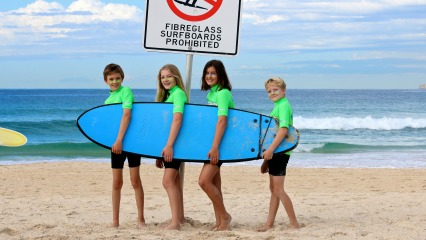 Surfing lessons kids sydney