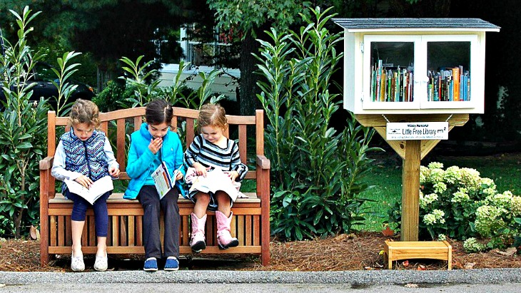 Street library kids