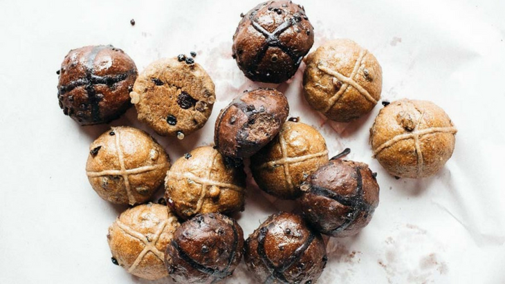 Where to grab the best hot cross buns in melbourne this easter!