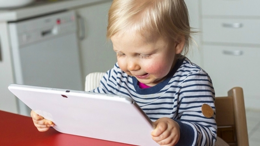 Screen time toddlers dangers