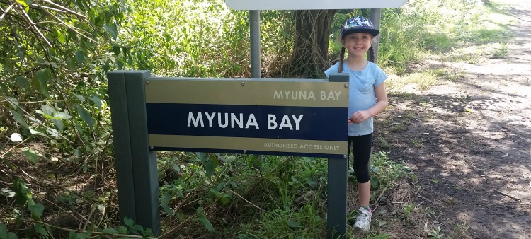 myuna bay sign