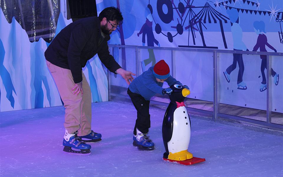 Parramatta Winterlight Festival reviewed - kids' ice skating 960x600