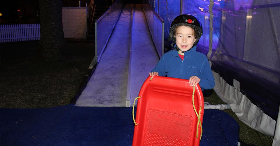 Parramatta Winterlight Festival reviewed - kids' tobogganing 960x600