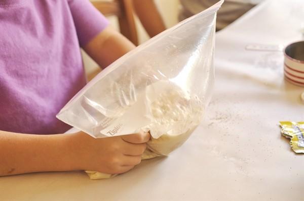 Bread-in-a-Bag_0005-e1403326431793