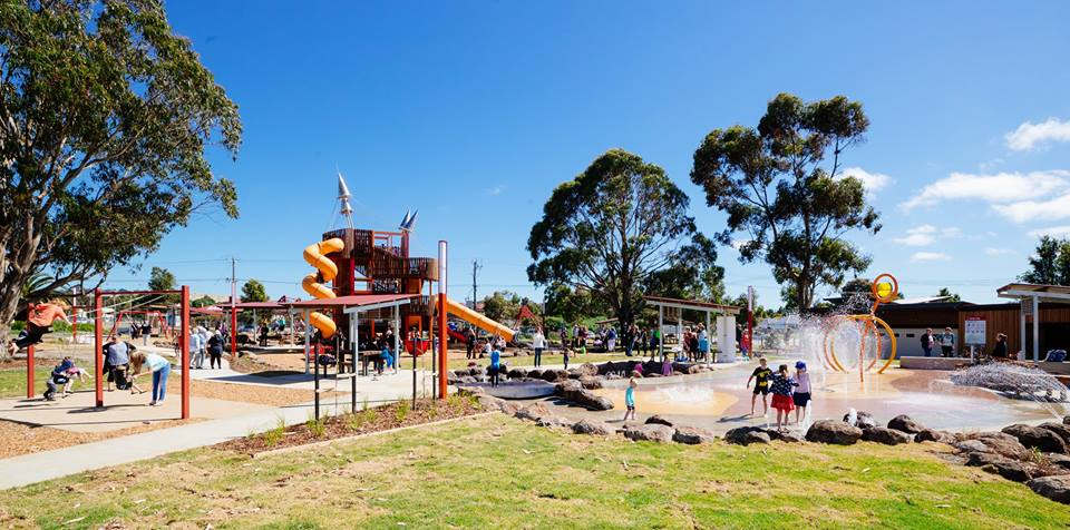 Six of the Best Water Splash Parks in Melbourne | Community Bank Adventure Playground, Wallan