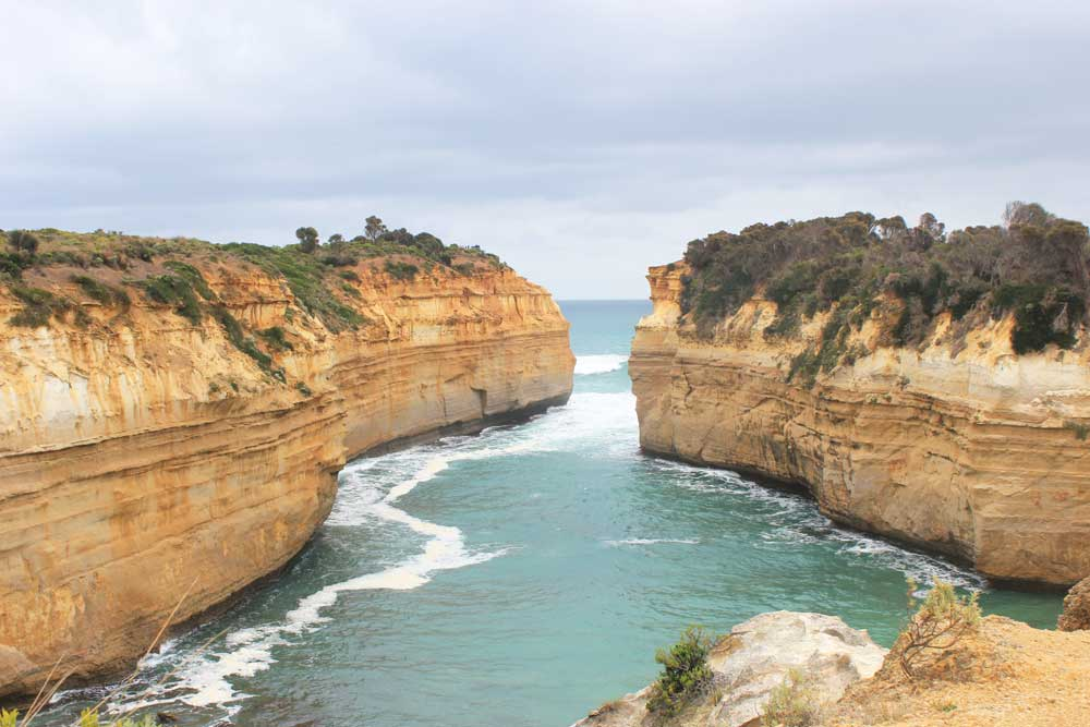 Six of the Best Cheap Holiday Destinations Near Melbourne | The Great Ocean Road | Loch Ard Gorge