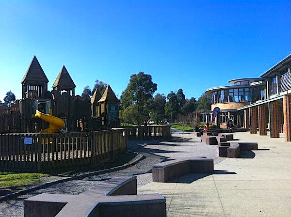 6 of The Best Cafes Near a Playground in Melbourne | Phoenix Park Cafe